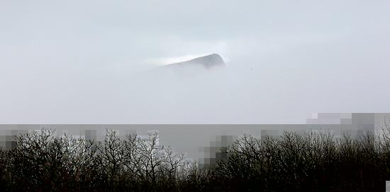 гора Ильяс-кая в тумане